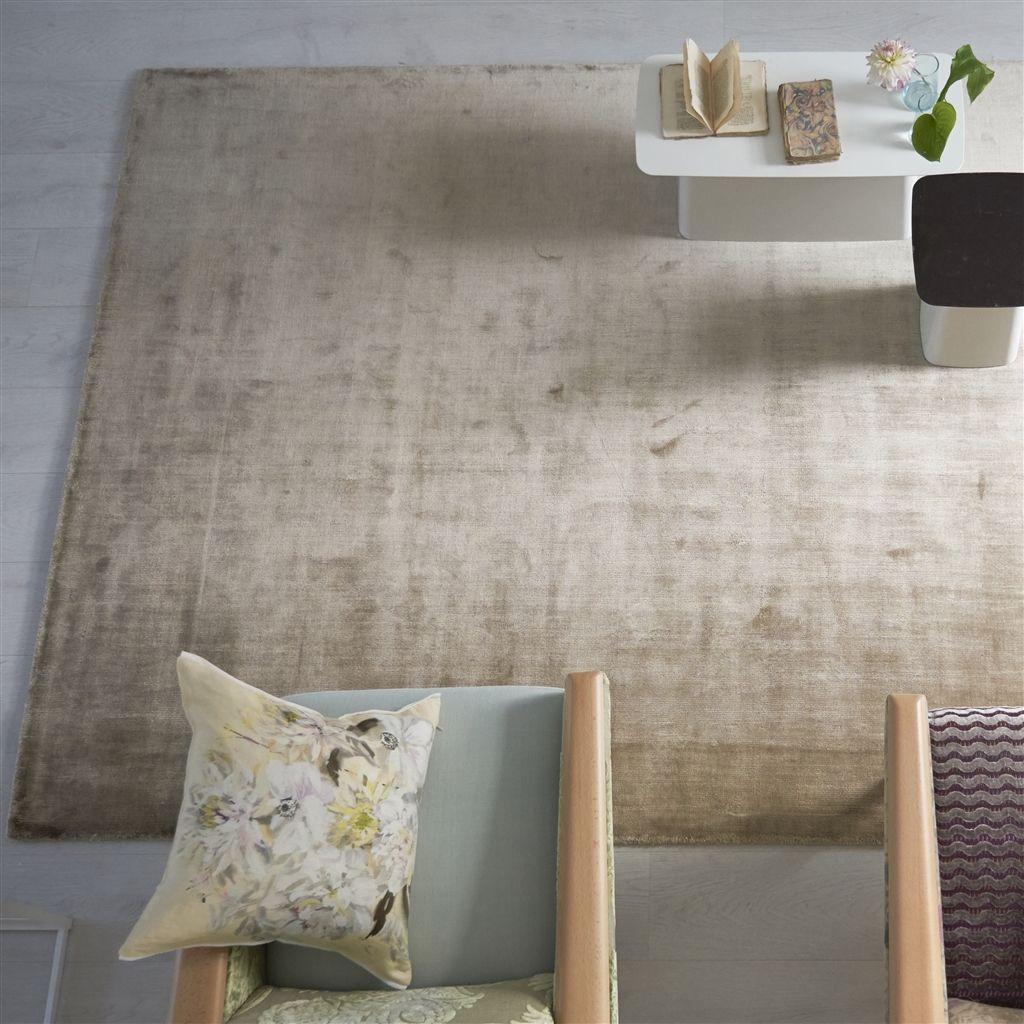 Designers guild saraille linen matta 3 storlekar mattor for Designers guild bedroom ideas